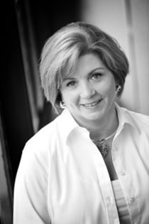 Lynn Fox, Associate Broker
